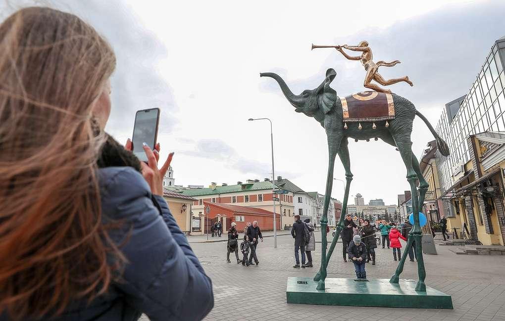 Скульптура Триумфальный слон